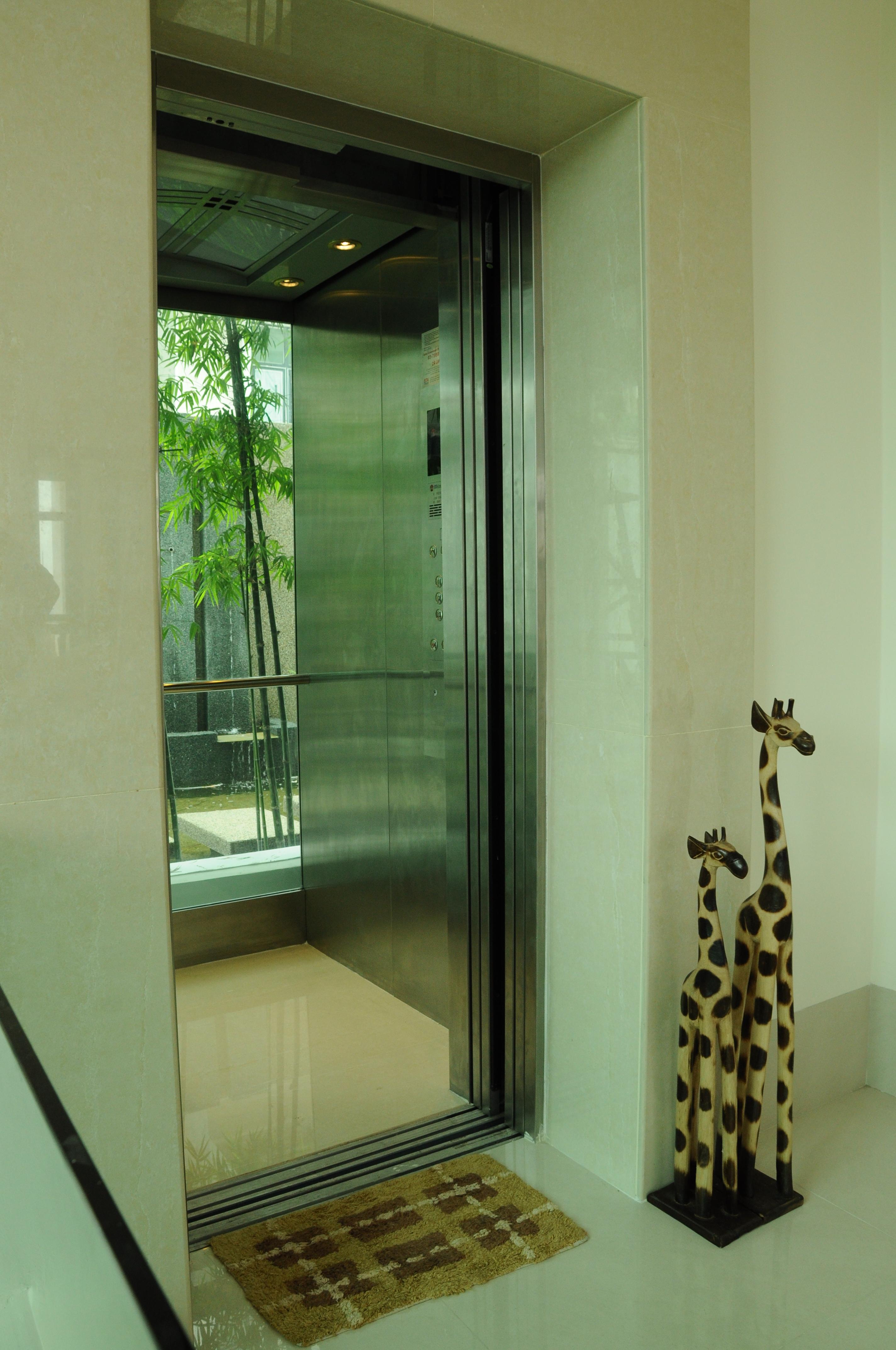 Khoo S Bungalow Kuala Lumpur Malaysia Eita Elevator